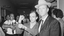 Hé lộ động cơ ám sát Tổng thống Kennedy