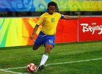 Ronaldinho, Henry và những pha ghi bàn khó tin từ chấm phạt góc