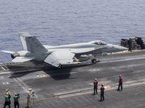 Tiêm kích hạm Mỹ suýt va chạm với UAV của Iran ở vùng Vịnh