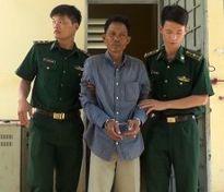 Thưởng nóng Ban chuyên án của Bộ đội Biên phòng tỉnh Đồng Tháp phá án ma túy