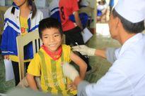 Cần tiêm đủ 12 loại vắc-xin