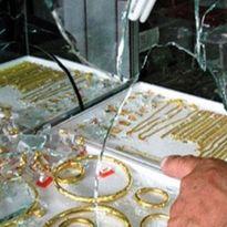 Vợ đi bán vàng, lộ diện gã chồng 'siêu đạo chích'