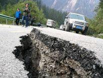 Du lịch ở Cửu Trại Câu điêu đứng sau động đất