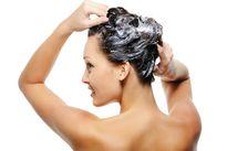 Bỏ ngay những sai lầm khi gội đầu khiến tóc hư tổn và chẻ ngọn
