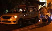 Tài xế taxi bị kẻ gian xịt hơi cay, cướp ô tô trong đêm