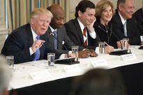 Hành trình rời bỏ Trump của các CEO Mỹ