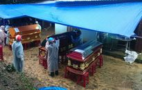 Nổ bom thảm khốc ở Khánh Hòa: Mất hết con cháu, sui gia