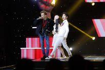 Vũ Cát Tường và Soobin Hoàng Sơn 'bắn rap' cực ngầu trên sân khấu để tranh giành thí sinh