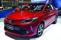 """Honda """"tăng ga"""" khiến Toyota thụt lùi, điều gì đang xảy ra ?"""