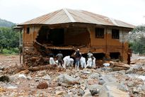 Sierra Leone chôn cất 461 nạn nhân trong vụ lở bùn