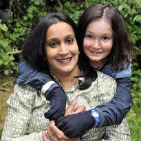 15 năm chứng kiến con gái chịu đau đớn mỗi ngày vì căn bệnh quái ác