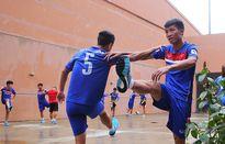 Sợ cầu thủ cảm lạnh, U22 Việt Nam tập trong nhà trước trận gặp Indonesia