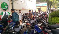 Quận 1 bố trí bãi giữ xe tạm cho đường sách Nguyễn Văn Bình