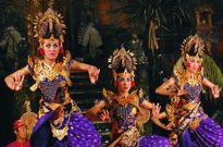 In-đô-nê-xi-a thu hút du khách châu Á