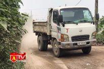Hà Nội: Xe bồn, xe quá tải cày nát đường đê