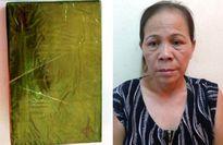 Bắt giữ 'nữ quái' giấu heroin trong bao gạo