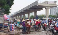 Hàng rong lấn chiếm đường Hồ Tùng Mậu