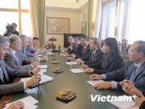 Trưởng Ban Kinh tế Trung ương Nguyễn Văn Bình thăm và làm việc tại Nga