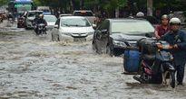 Triều cường gây ngập lụt cục bộ tại Hải Phòng