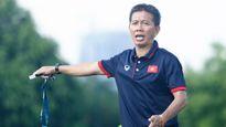 Tuyển Việt Nam qua mặt Thái Lan, V-League 'lao đao' vì bão