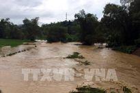 Thanh Hoá: Nhiều bản bị nước lũ chia cắt