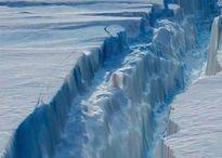 Khối băng Nam Cực khổng lồ trôi ra biển, hiểm họa khôn lường