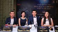 'Ông bầu' Phúc Nguyễn ngồi 'ghế nóng' cùng Hoa hậu Ngô Phương Lan