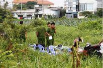 Bàng hoàng phát hiện thi thể bé sơ sinh trong bãi đất trống ở Sài Gòn