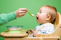 Bệnh tay chân miệng: Dinh dưỡng cho trẻ như thế nào?
