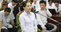 Hai nữ 'phó tướng' khóc nấc xin giảm nhẹ hình phạt