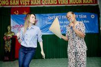 Màn múa phụ họa 'bá đạo' của Mỹ Tâm khiến fans cười nghiêng ngả