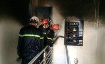'Bà hoả' thăm ngôi nhà 2 tầng, 4 người thoát chết trong gang tấc
