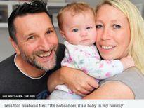 Ca sinh hiếm có: Mẹ sinh con gái sau 7 năm mãn kinh