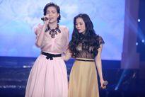 Hồ Ngọc Hà - Lệ Quyên chạm trán nhau trong chương trình 'Cuộc sống màu hồng'