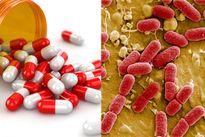 Thói quen hỏi 'Bác sĩ Google' dễ làm khổ con vì bị kháng thuốc kháng sinh