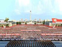 Quân đội Triều Tiên diễu hành ủng hộ tuyên bố của ông Kim Jong-un