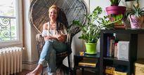 Không tốn tiền thuê kiến trúc sư, cô gái trẻ tự biến nhà thành căn hộ đẹp hút hồn