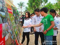 Hàng trăm học sinh hào hứng tìm hiểu về động vật hoang dã