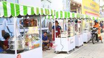 Cận cảnh thiên đường món ăn ngon - bổ - rẻ tại Phố hàng rong đầu tiên ở Sài Gòn
