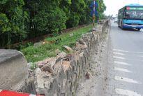 Nhiều điểm trạch đê Tả Đáy bị vỡ
