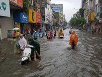 Áp thấp nhiệt đới đổ bộ Quảng Ninh-Hải Phòng, mưa to toàn miền Bắc