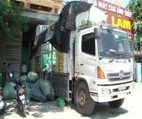 Bắt xe tải vận chuyển hàng lậu có giá trị gần 400 triệu đồng