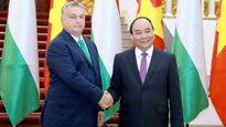 Thủ tướng Nguyễn Xuân Phúc hội đàm với Thủ tướng Hung-ga-ri