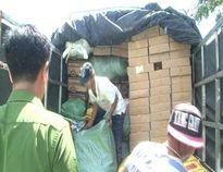 Hàng trăm kiện hàng lậu không rõ nguồn gốc bị bắt giữ ở Huế