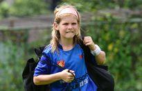 Cầu thủ bị nhầm là con gái trong buổi tập với huyền thoại Dortmund