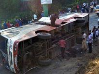 Tai nạn xe buýt tại Ecuador, 41 người thương vong
