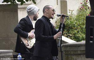 Nghe lại những bài hát gắn với 'giọng ca quái vật' Chester Bennington, Linkin Park
