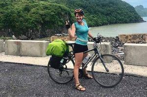 Người nào trộm chiếc xe đạp từng xuyên Việt Nam của nàng Tây này, hãy trả lại!