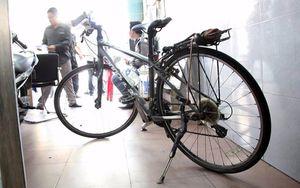 Công an Việt Nam tìm thấy xe đạp cho nữ du khách nước ngoài