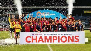 Cầu thủ từng bị dọa 'cắt gân chân' góp công lớn giúp U15 Việt Nam vô địch Đông Nam Á